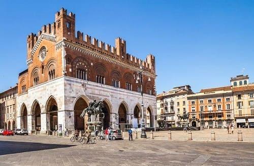 ELISIR di Piacenza, aderisce a Professione in Famiglia